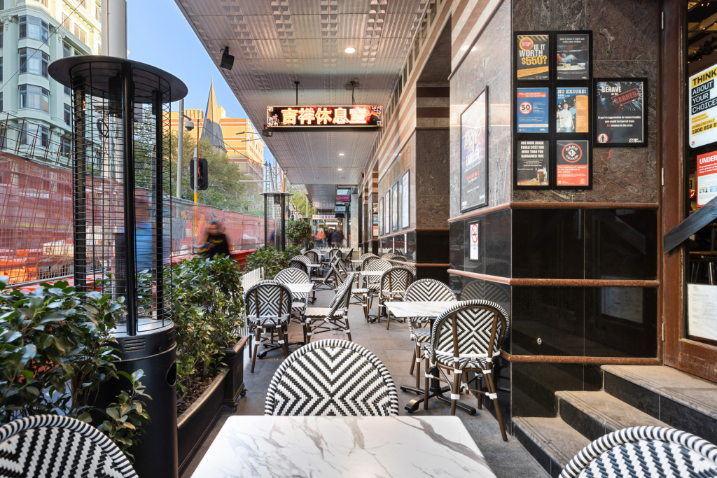 Outdoor Social Area | Great Southern Bar